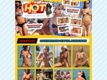 Hot Bikini Voyeur peeped by Mr. Paparacci